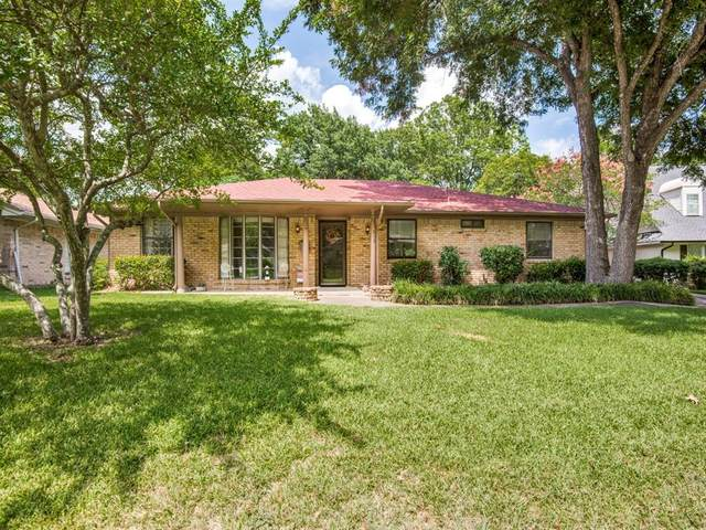 325 Woodhaven Drive, Desoto, TX 75115 (MLS #14406144) :: The Heyl Group at Keller Williams