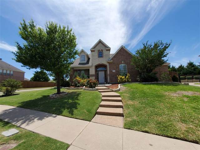 695 Shores Boulevard, Rockwall, TX 75087 (MLS #14406150) :: RE/MAX Pinnacle Group REALTORS