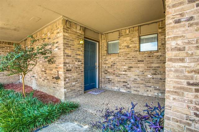 207 E Harwood Road #8, Euless, TX 76039 (MLS #14406194) :: The Chad Smith Team