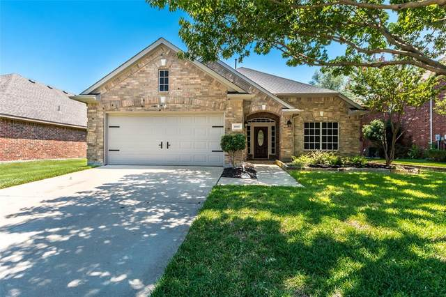 10802 Western Hills Drive, Rowlett, TX 75089 (MLS #14406195) :: The Heyl Group at Keller Williams