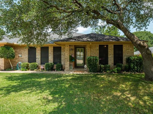 136 Blue Jay Street, Stephenville, TX 76401 (MLS #14406269) :: The Heyl Group at Keller Williams