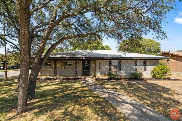 4300 Woodland Park Drive, Brownwood, TX 76801 (MLS #14406280) :: Century 21 Judge Fite Company