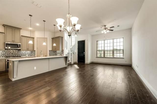 2209 Pinnacle Lane, Flower Mound, TX 75028 (MLS #14406609) :: Frankie Arthur Real Estate