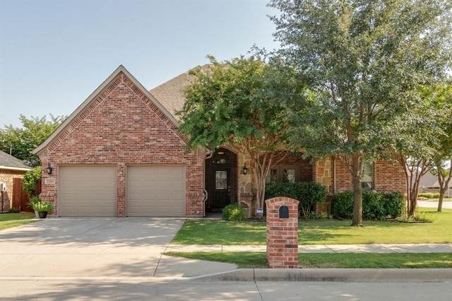 2500 Maple Stream Drive, Fort Worth, TX 76177 (MLS #14406664) :: The Heyl Group at Keller Williams