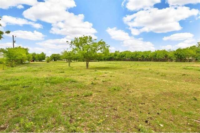 17374 Gaffield Road, Justin, TX 76247 (MLS #14406733) :: RE/MAX Pinnacle Group REALTORS