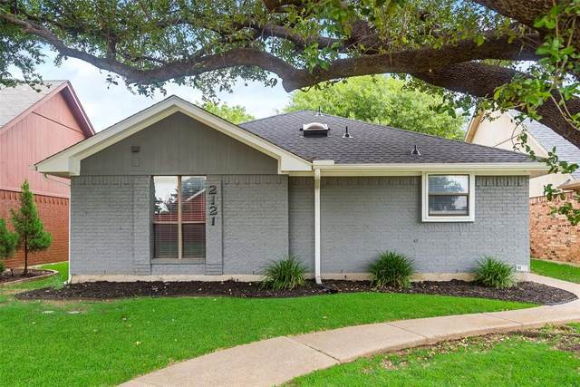 2121 Cordoba Drive, Carrollton, TX 75006 (MLS #14406772) :: The Heyl Group at Keller Williams