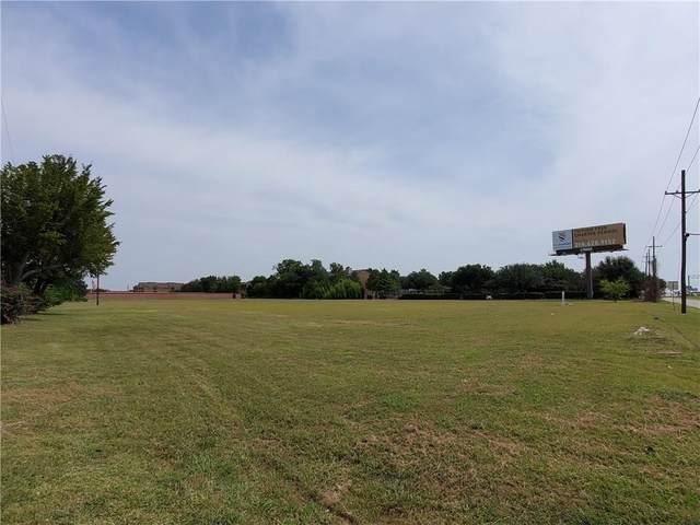 3402 Bobtown Road, Garland, TX 75043 (MLS #14406799) :: The Kimberly Davis Group