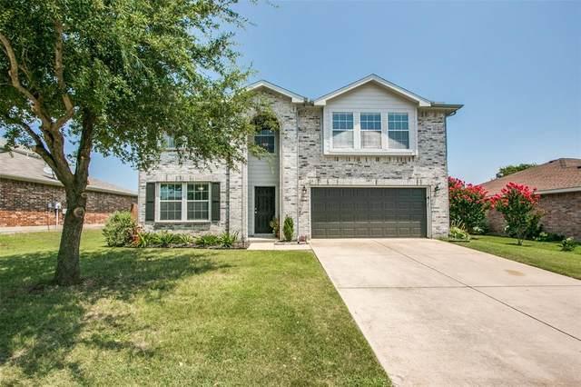 240 Hilltop Drive, Justin, TX 76247 (MLS #14406905) :: The Kimberly Davis Group
