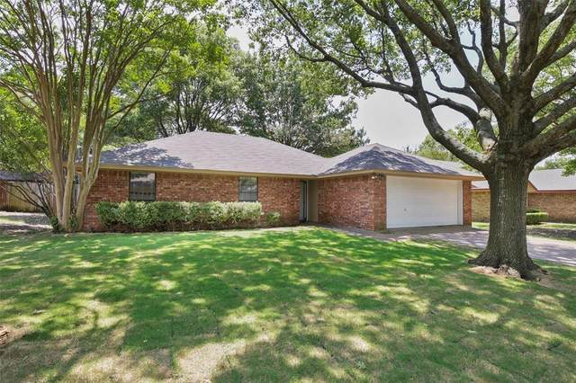 23 Saint Charles Place, Midlothian, TX 76065 (MLS #14406997) :: All Cities USA Realty