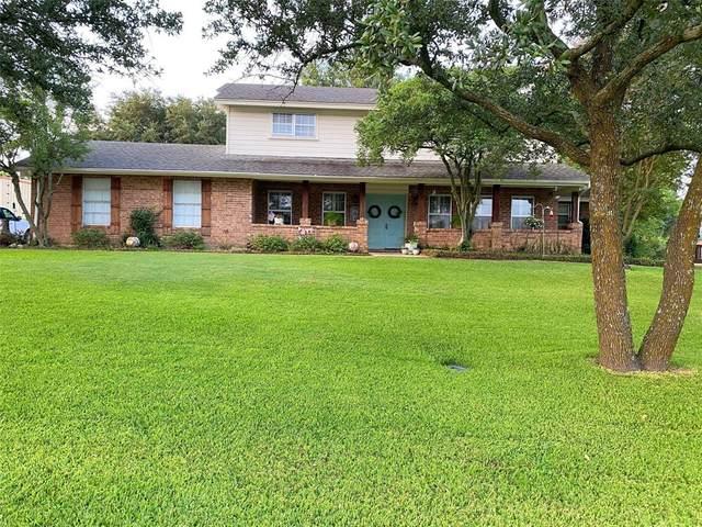 804 Country Club Drive, Joshua, TX 76058 (MLS #14407026) :: The Heyl Group at Keller Williams