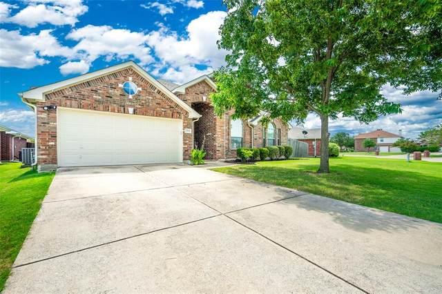 2313 Cantura Drive, Mesquite, TX 75181 (MLS #14407048) :: RE/MAX Pinnacle Group REALTORS