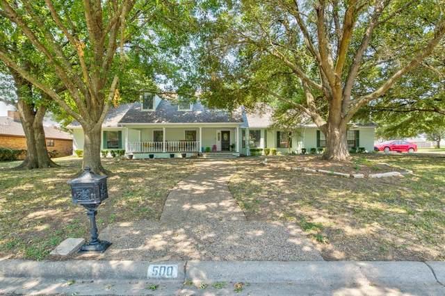500 Hyde Park Boulevard, Cleburne, TX 76033 (MLS #14408298) :: NewHomePrograms.com LLC