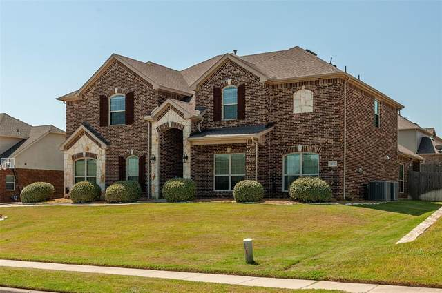 1172 River Rock Drive, Kennedale, TX 76060 (MLS #14408306) :: The Heyl Group at Keller Williams