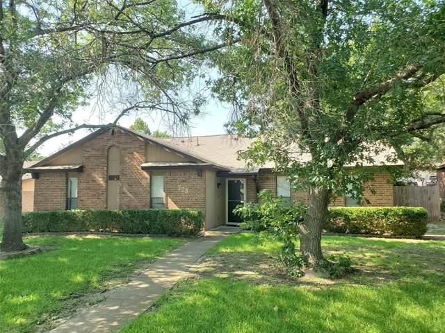 723 Meadowglen Drive, Duncanville, TX 75137 (MLS #14408321) :: Tenesha Lusk Realty Group