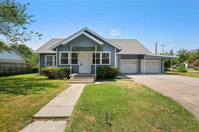 413 N 10th Street, Sanger, TX 76266 (MLS #14408349) :: The Mitchell Group