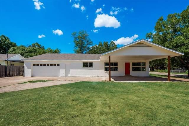 5200 Barbara Road, River Oaks, TX 76114 (MLS #14408371) :: Real Estate By Design