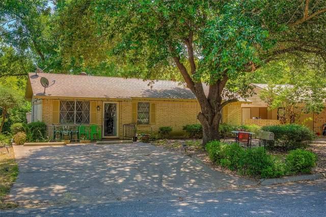 105 Silver Court, Kaufman, TX 75142 (MLS #14408385) :: The Heyl Group at Keller Williams