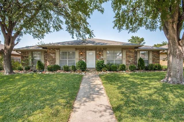 2219 Trinity Springs Drive, Carrollton, TX 75007 (MLS #14408418) :: The Good Home Team