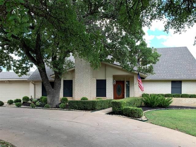 1705 Dakota Drive, Graham, TX 76450 (MLS #14408424) :: The Heyl Group at Keller Williams