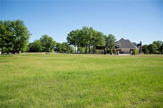 220 Cape Shore Drive, Mabank, TX 75143 (MLS #14408471) :: The Heyl Group at Keller Williams