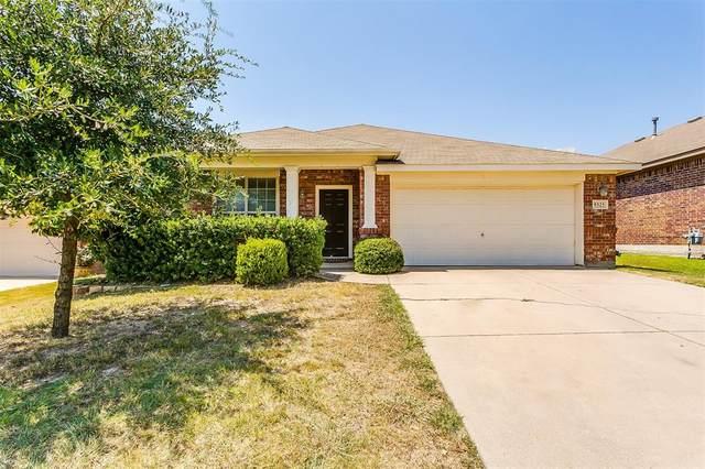 9325 Comanche Ridge Drive, Fort Worth, TX 76131 (MLS #14408534) :: The Heyl Group at Keller Williams