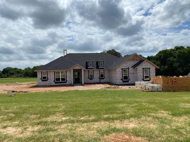 143 Cooper Court, Springtown, TX 76082 (MLS #14408536) :: NewHomePrograms.com LLC