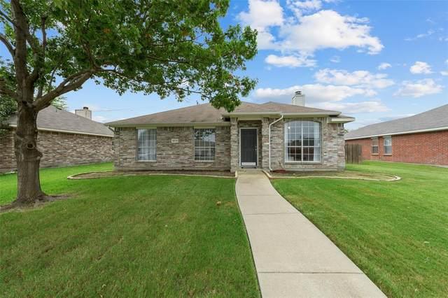 6913 Fairfield Drive, Rowlett, TX 75089 (MLS #14408626) :: The Mauelshagen Group