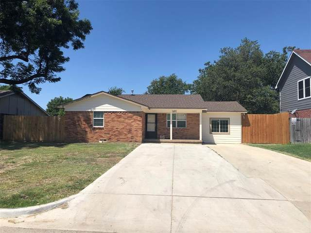 2017 Avenue C, Grand Prairie, TX 75051 (MLS #14408689) :: Tenesha Lusk Realty Group