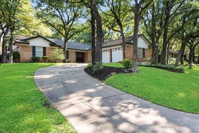 4700 Valleycrest Drive, Arlington, TX 76013 (MLS #14408758) :: RE/MAX Pinnacle Group REALTORS