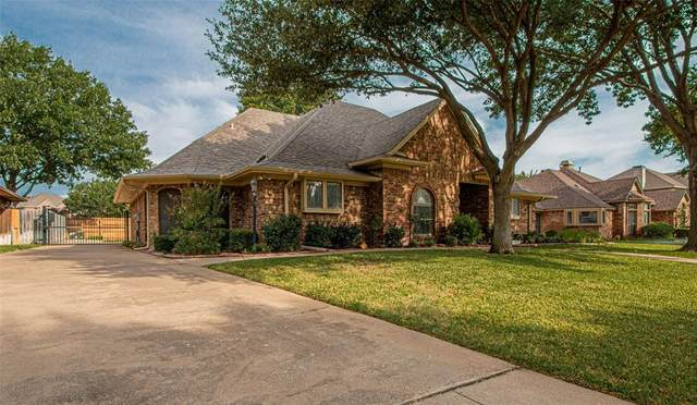 2837 Bremen Drive, Hurst, TX 76054 (MLS #14408817) :: The Mitchell Group