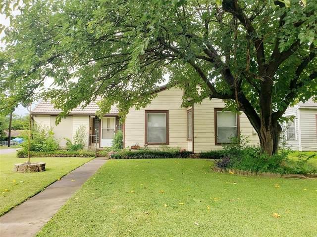 1602 N Ricketts Street, Sherman, TX 75092 (MLS #14408951) :: The Kimberly Davis Group