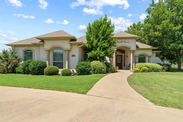 121 Ocotillo Drive, Waxahachie, TX 75165 (MLS #14409157) :: The Sarah Padgett Team