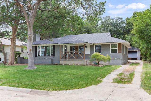 6659 Yosemite Lane, Dallas, TX 75214 (MLS #14409201) :: Tenesha Lusk Realty Group