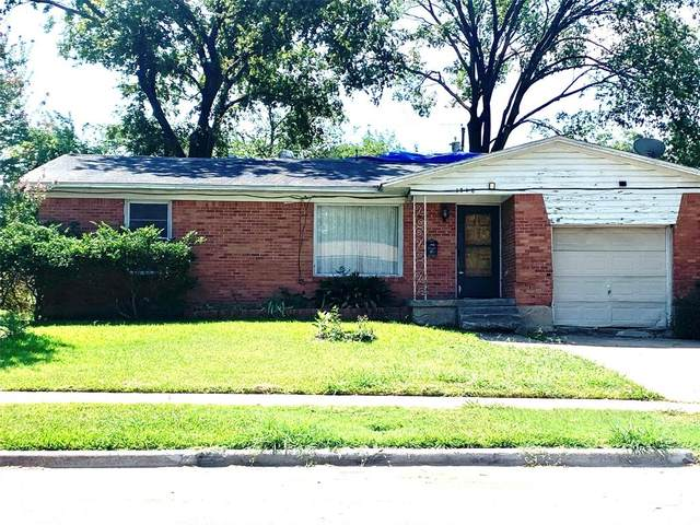 1718 Andrew Street, Mesquite, TX 75149 (MLS #14409393) :: The Heyl Group at Keller Williams