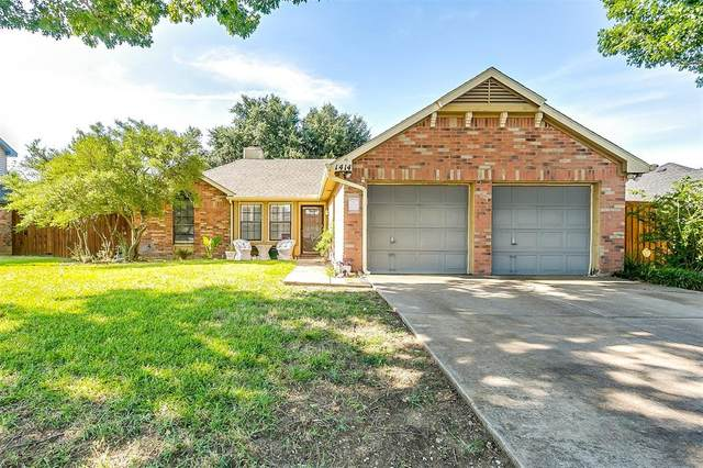 1414 Glenwillow Drive, Arlington, TX 76018 (MLS #14409421) :: Potts Realty Group