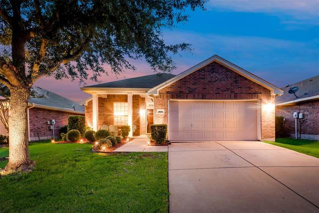 1020 Kimbro Drive, Forney, TX 75126 (MLS #14409635) :: The Heyl Group at Keller Williams