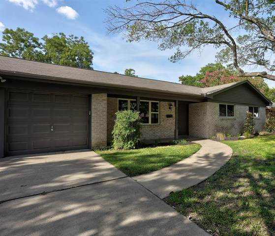 6809 Corona Drive, North Richland Hills, TX 76180 (MLS #14409637) :: The Heyl Group at Keller Williams