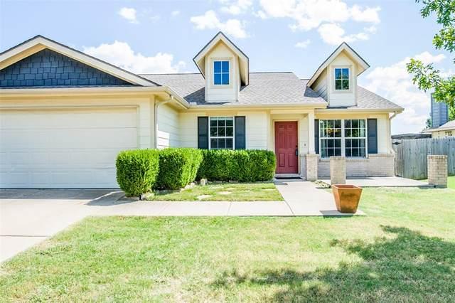 9521 Thomas Jefferson Drive, Mckinney, TX 75072 (MLS #14409655) :: Maegan Brest | Keller Williams Realty