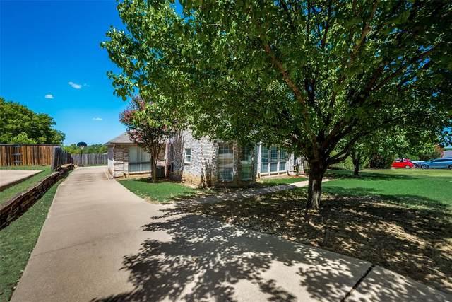 10216 Gray Oak Lane, Fort Worth, TX 76108 (MLS #14410267) :: The Heyl Group at Keller Williams