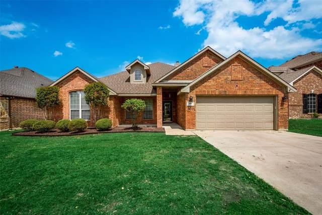 106 Santa Fe Trail, Justin, TX 76247 (MLS #14411165) :: RE/MAX Landmark