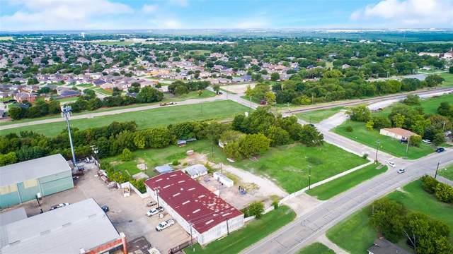 903 E Broad Street, Forney, TX 75126 (MLS #14411446) :: The Kimberly Davis Group