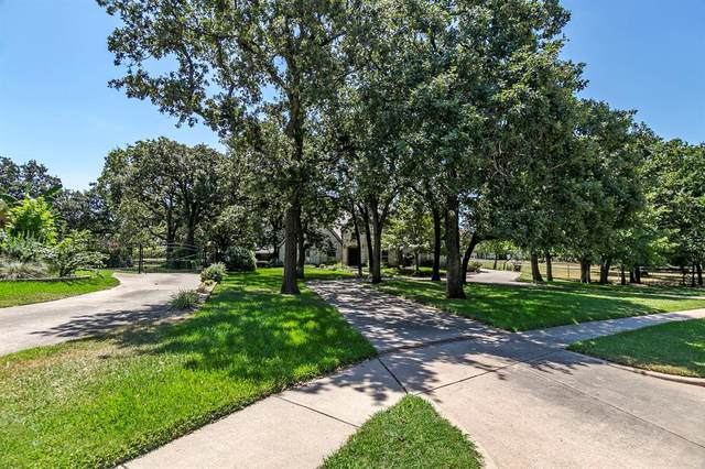 7548 Hightower Drive, North Richland Hills, TX 76182 (MLS #14411447) :: The Heyl Group at Keller Williams