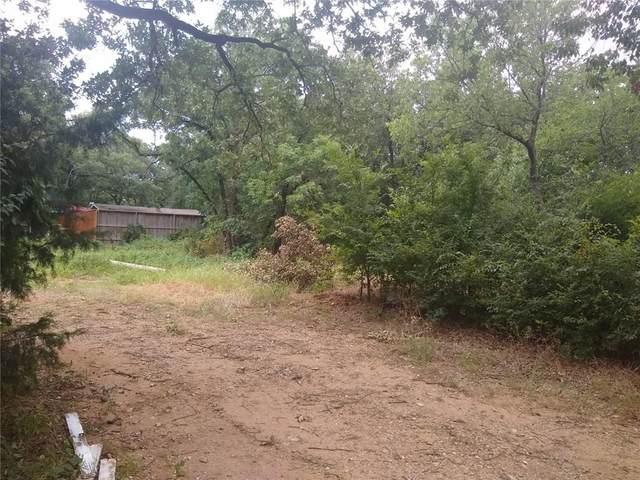 4451 Wanda Lane, Flower Mound, TX 75022 (MLS #14411463) :: Robbins Real Estate Group