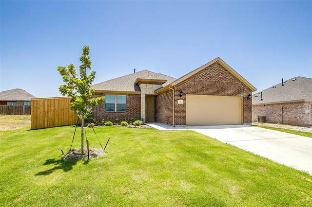 31 Mockingbird Lane, Sanger, TX 76266 (MLS #14411692) :: The Good Home Team