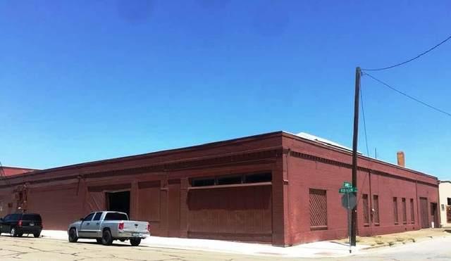 111 S Robinson Street, Cleburne, TX 76031 (MLS #14411748) :: The Tierny Jordan Network