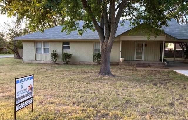 2315 Garden Lane, Arlington, TX 76015 (MLS #14412028) :: Real Estate By Design