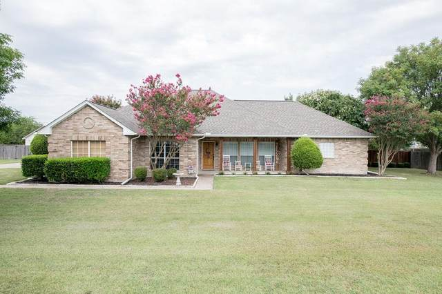 1108 E Sharpshire Drive, Waxahachie, TX 75165 (MLS #14412515) :: The Sarah Padgett Team