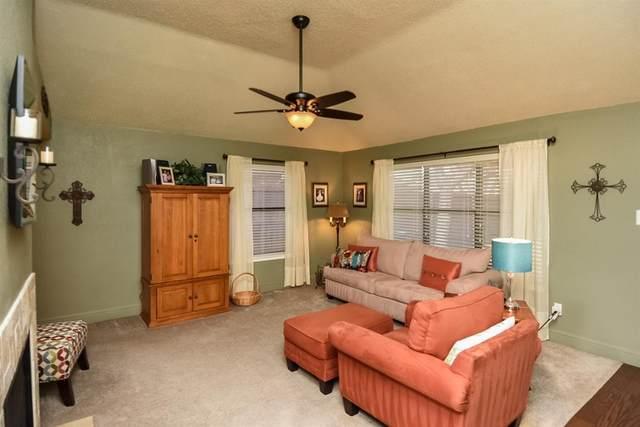 572 Grace Lane, Coppell, TX 75019 (MLS #14412585) :: The Rhodes Team