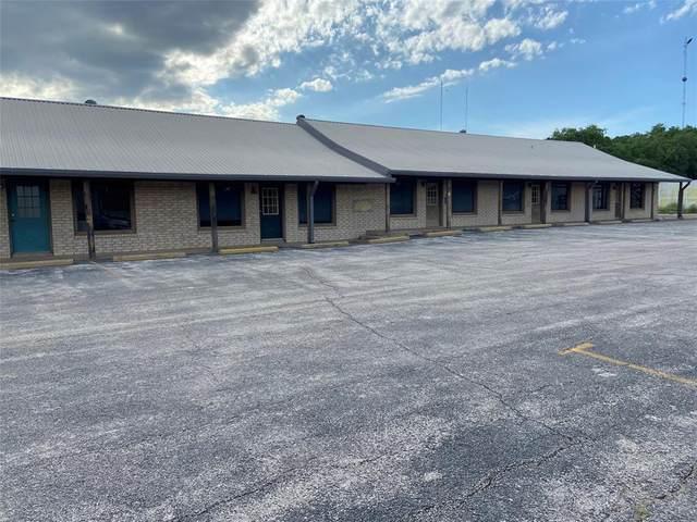 1822 W Walker Street, Breckenridge, TX 76424 (MLS #14412723) :: The Kimberly Davis Group