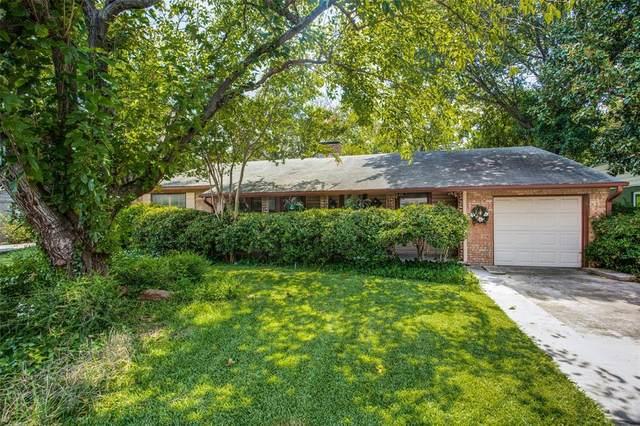 5208 W Mockingbird Lane, Dallas, TX 75209 (MLS #14412850) :: Team Tiller